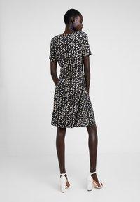 Dorothy Perkins Tall - NAVY DITSY WRAP DRESS - Jersey dress - navy - 2