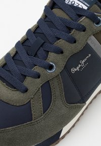 Pepe Jeans - TINKER SECOND - Trainers - khaki green - 5