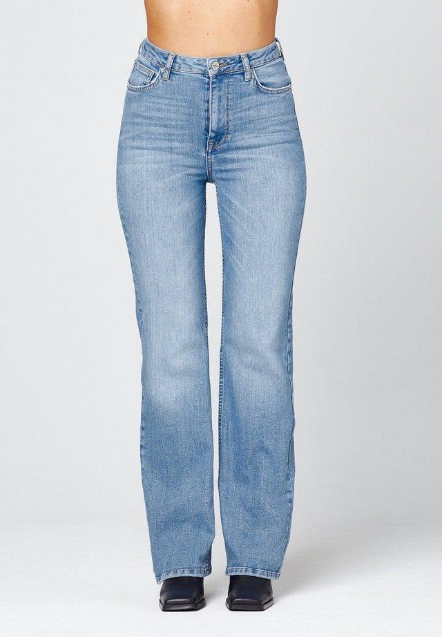 O-NINETYS  - Straight leg jeans - light-blue denim