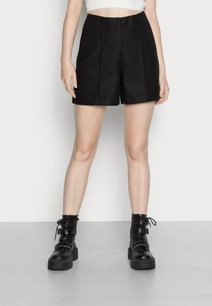 VMFORTUNSALLY SHORTS - Shorts - black