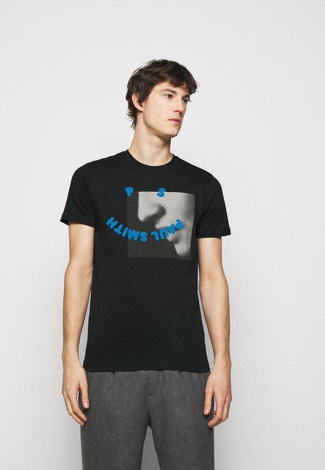 SLIM FIT PROFILE - T-shirt con stampa - black