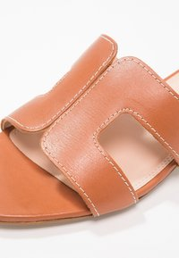 Dune London - LOUPE - Mules - tan - 2