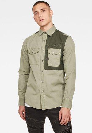 SLIM - Shirt - shamrock