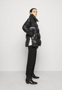 Duvetica - MIRAM - Down coat - nero - 3