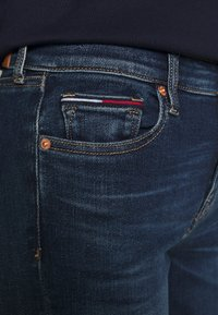 Tommy Jeans - NORA - Jeans Skinny Fit - knox dark blue - 4