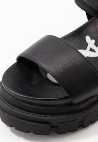 Buffalo - VEGAN JOJO - Platform sandals - black - 2
