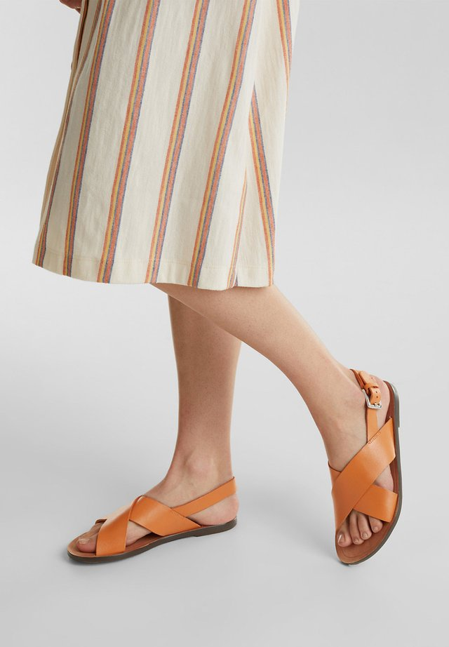 KEOPE  - Sandály - rust orange