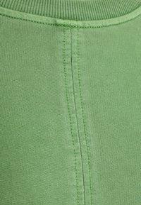 Icepeak - ELSINORE - Sweatshirt - antique green - 6