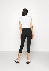 Even&Odd - 3/4 Length Legging - Leggings - Trousers - black - 2