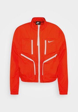 Training jacket - chile red