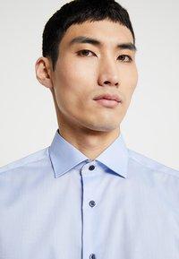 Eterna - SLIM FIT - Formální košile - light blue - 3