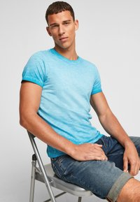 QS by s.Oliver - Basic T-shirt - nautical blue - 6