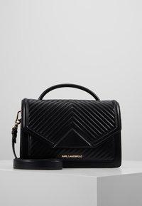 KARL LAGERFELD - KLASSIK QUILTED SHOULDER BAG - Handbag - black - 0