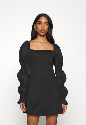 FABRIC MIX SLEEVE DETAIL MINI - Cocktail dress / Party dress - black