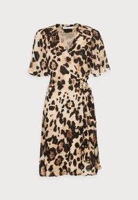 InWear - YASMEEN WRAP DRESS - Day dress - natural big - 3