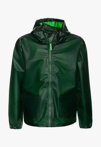 Waterproof jacket - rainforest green