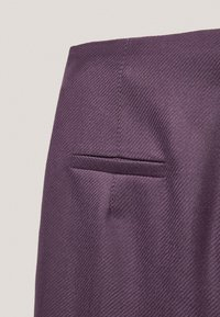 Massimo Dutti - AUS REINER WOLLE  - Chinos - dark purple - 6