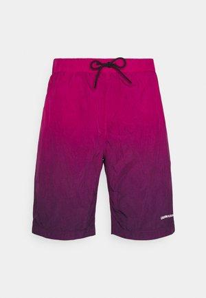 DIP DYE - Shorts - purple