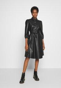 Vila - VIDARAS 3/4 DRESS - Košilové šaty - black - 1