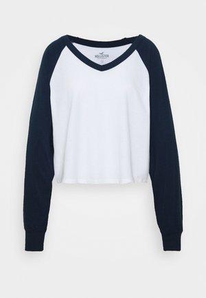 SPORTY BASEBALL - Maglietta a manica lunga - white/navy