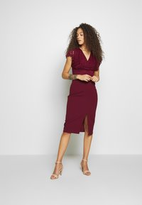 WAL G PETITE - V NECK LACE TOP DRESS - Cocktail dress / Party dress - bungundy - 1