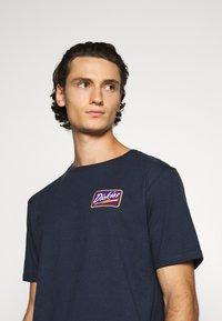 Dickies - CAMPTI TEE - Print T-shirt - navy blue - 3