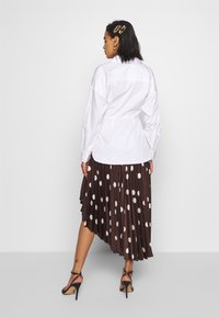 Who What Wear - THE WRAP BLOUSE - Blouse - white - 2