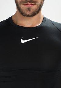 Nike Performance - PRO COMPRESSION - Tílko - black/white/white - 3