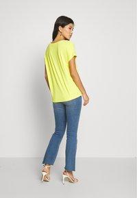s.Oliver - KURZARM - Basic T-shirt - yellow - 2