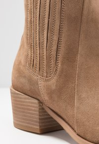 Pavement - SAGE  - Classic ankle boots - taupe - 2