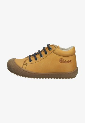Sneakers laag - mais
