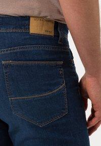 BRAX - STYLE CADIZ - Jeans a sigaretta - blue water - 4
