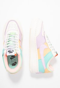 Nike Sportswear - AIR FORCE 1 SHADOW - Sneakers - pale ivory/celestial gold/tropical twist - 5