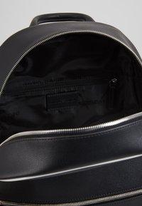 Emporio Armani - Reppu - black - 4