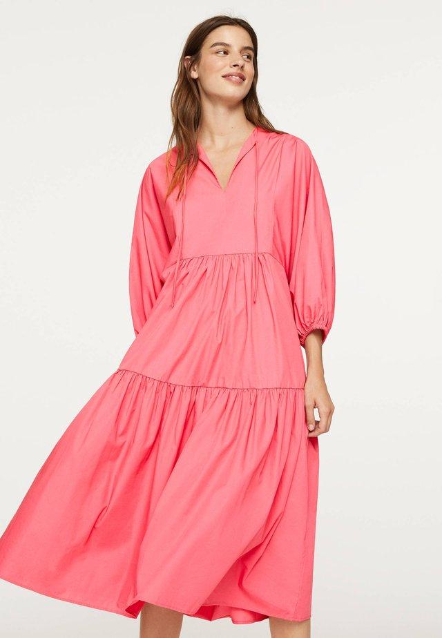 Day dress - rose