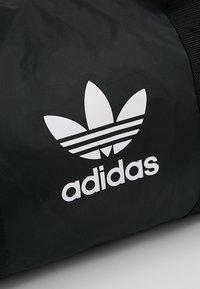 adidas Originals - DUFFLE - Torba sportowa - black - 7