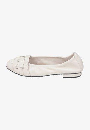 Ballet pumps - desert
