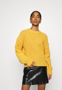 NU-IN - CHUNKY SWEATER - Maglione - light rust - 1