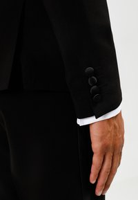 Lindbergh - TUX SLIM FIT - Traje - black - 6