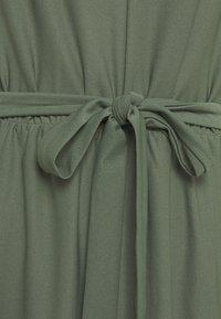 Vero Moda - VMMILLA SHORT DRESS - Cocktail dress / Party dress - laurel wreath - 2