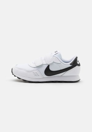 VALIANT UNSEX - Zapatillas - white/black