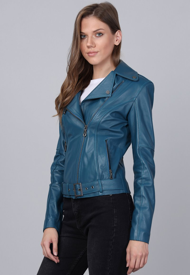 Basics and More - Leather jacket - oil blue