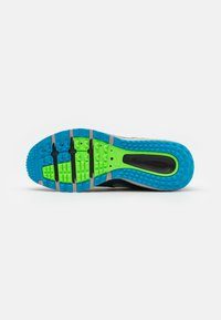 Nike Performance - JUNIPER - Trail running shoes - dark teal green/light silver/black - 4