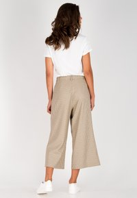 one more story - Trousers - schwarz-multicolor - 2