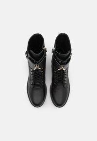 Patrizia Pepe - STIVALI BOOTS - Lace-up ankle boots - nero - 4