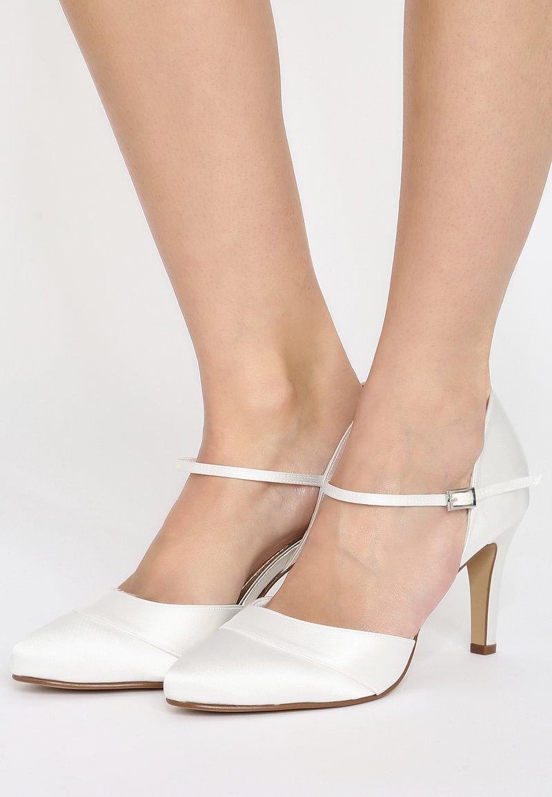 Elsa Coloured Shoes - RAINBOW CLUB PASSIONBERRY - Bridal shoes - ivory
