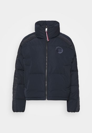 GRAPHIC PUFFER