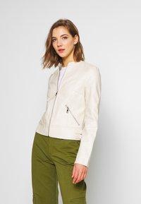 Vero Moda - VMRIAMARTA  - Faux leather jacket - birch - 0