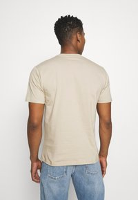 Carhartt WIP - NICE TO MOTHER - Print T-shirt - wall - 2