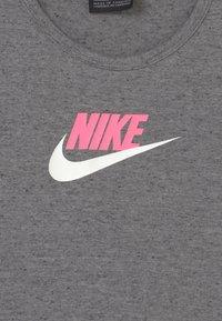 Nike Sportswear - Top - carbon heather/sunset pulse - 2